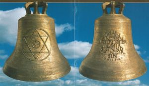 Gemeinsames Glockengeläut als Zeichen der Hoffnung