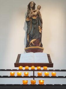 Wir zünden für Sie eine Kerze an